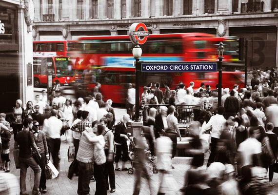 london busy city